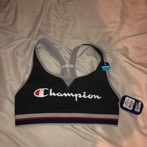 BRAND NEW CHAMPION SPORTS BRA